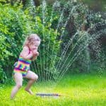 7 cheap and simple water toys