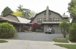Warren Buffet's modest Omaha home.