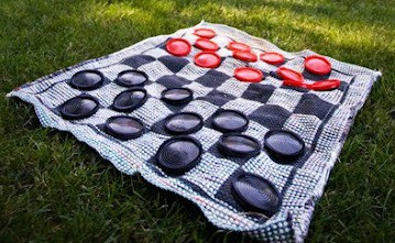 checkers-lawn-game