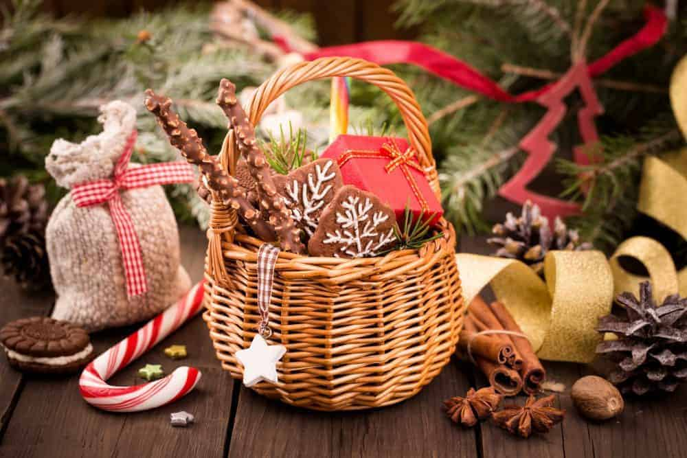 Thoughtful holiday gifts on a budget - Living On The Cheap