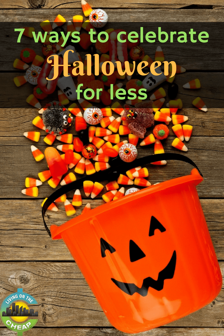 Even if you don't want to spend a lot, there is no need to turn off the lights and pretend you aren't home on Halloween. Check out this post for seven tips to help you save money on Halloween #moneysavingtips #frugalliving #halloween