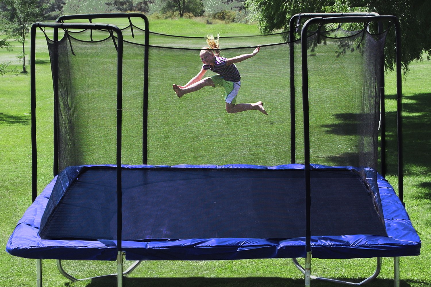 How To Buy A Trampoline Without Killing Your Homeowner S