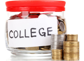 Top 10 sites for college money, financial aid